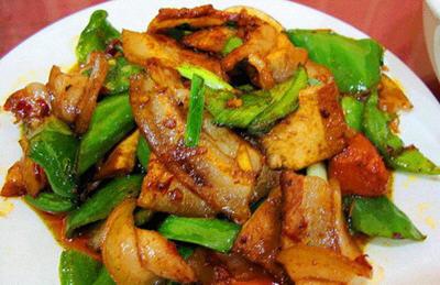 回锅肉肉怎么做好吃_青椒炒回锅肉的做法教你怎么做才好吃_家常菜谱_聚餐网