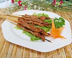 烤牛肉串的做法_怎么烤牛肉串好吃