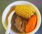 玉米红萝卜煲排骨汤