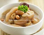 花生红枣猪蹄汤(美容补血)