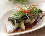 雪菜春笋香菇蒸带鱼