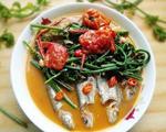水蕨煮河鱼