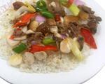 蘑菇炒肉盖浇饭
