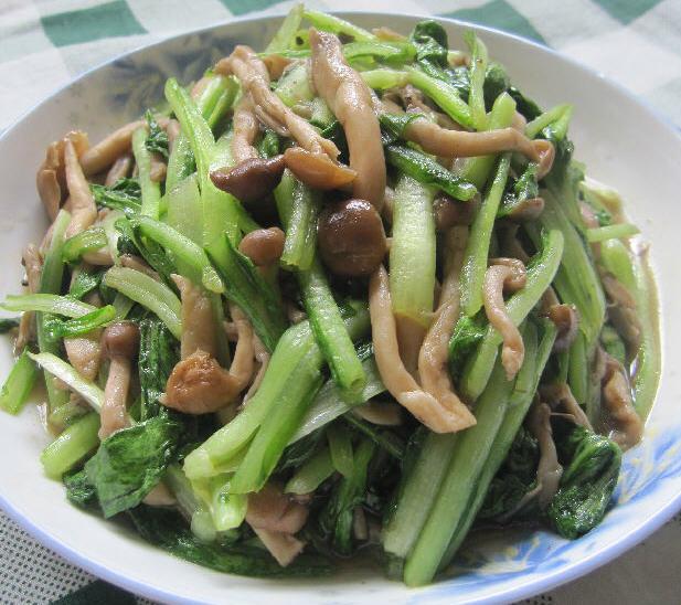 蟹味菇炒小白菜的做法_蟹味菇炒小白菜做金掌勺菜品图图片