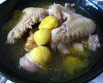 板栗煨土鸡