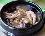 红枣花生鸡脚汤