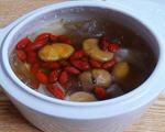 板栗银耳百合汤