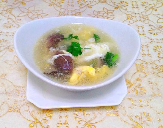蘑菇煮鸡蛋_蘑菇鸡蛋汤的做法_蘑菇鸡蛋汤怎么做好喝-聚餐网