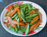 胡萝卜炒四季豆