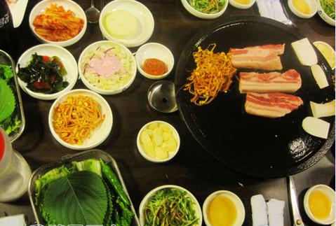 韭菜炒花蛤肉的做法