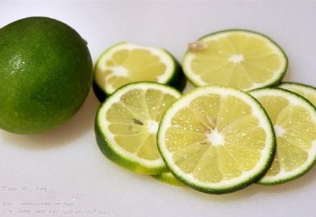 蜜漬青檸檬的做法_蜜漬青檸檬怎麼做好喝圖解_養生 ...