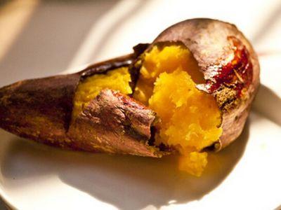 微波炉烤红薯技巧和做法讲解