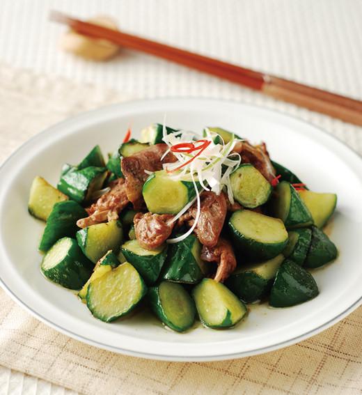 小黄瓜炒鸡心的做法教你么做好吃