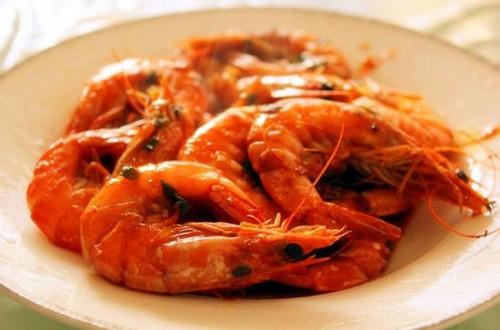 10分钟焖出大师级的宴客大菜:油焖大虾
