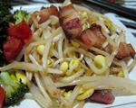 咸猪肉炒黄豆芽