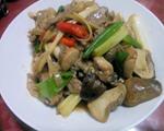 草菇炒肉丝