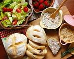 野餐吃的酒渍果干面包