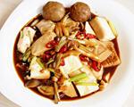 嫩豆腐烧鸿喜菇
