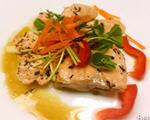 香草橄榄油泡鲑鱼
