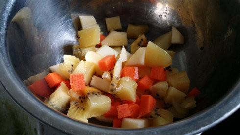怎么消苹果图解_鳄梨水果沙拉的做法_鳄梨水果沙拉怎么做好吃图解-聚餐网