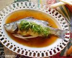 油淋清蒸鲈鱼