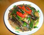韭菜炒泥鳅