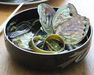 鲍鱼壳海带汤