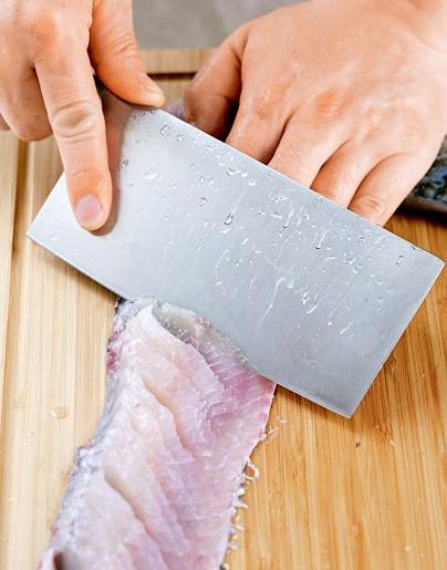 鱼怎么改刀好看图解_肉改成松鼠花刀