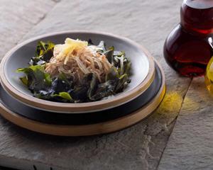 麻香日式海带芽沙律