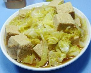 冻豆腐煮圆白菜