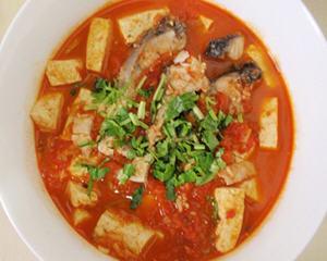 草鱼豆腐西红柿
