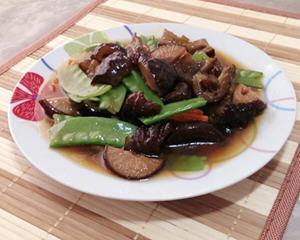 蚝油香菇烩海参