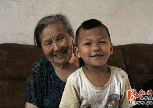 湖南第一寿星122岁皮肤细腻无老年斑食饮食秘诀