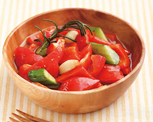 义式蒜味红椒沙拉