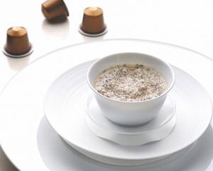 用烟肉和野菇做Espresso汤品
