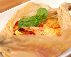纸蒸泰式椰奶虾(连锅子都不用洗的懒人食谱)