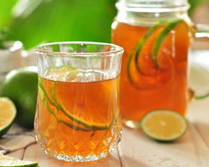 简单四步的青柠檬红茶