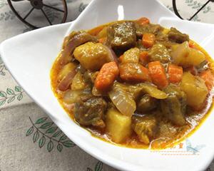 泰式咖哩牛肉