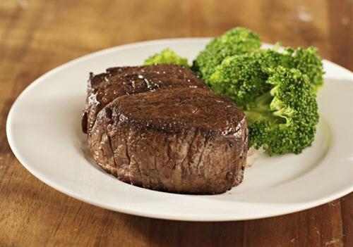 巧吃蛋白质护心,牛排鲑鱼可预防心脏病