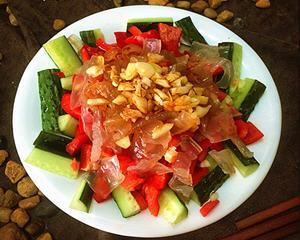 凉拌辣椒黄瓜海蜇丝