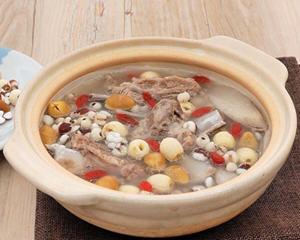 四神排骨汤