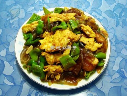 青椒粉皮炒鸡蛋