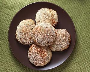 老北京麻酱烧饼的做法_图解正宗的老北京麻酱烧饼怎么做好吃
