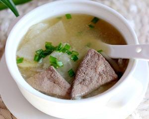 萝卜猪肝汤