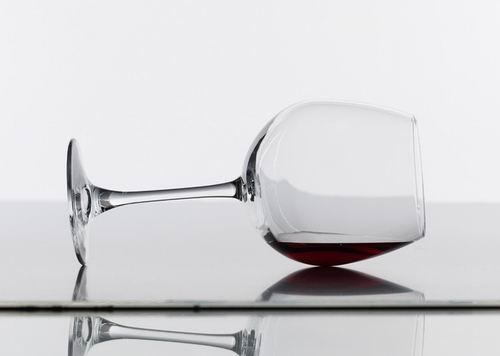 睡前适量喝红酒能有效瘦身