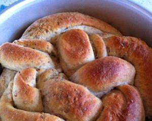 抹茶红豆酸奶面包