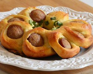 香肠花环面包