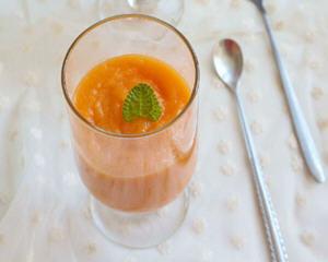 芒果金瓜胡萝卜汁