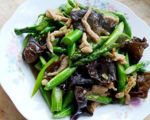 芦笋木耳炒肉丝