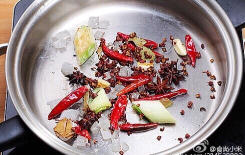 蝎子炖羊肥肠的蝎子_家常炖羊家常做做法一般高压锅煮多久能熟图片